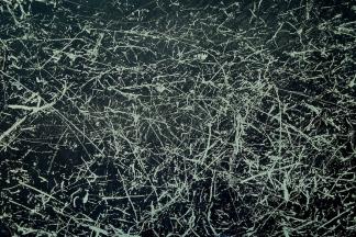 «Lampadaire (Lachine) », extrait du Cabinet des surfaces - «Le grand voyage », 2006-2007, photographie (impression au jet d'encre sur papier chiffon), 56 x 76 cm