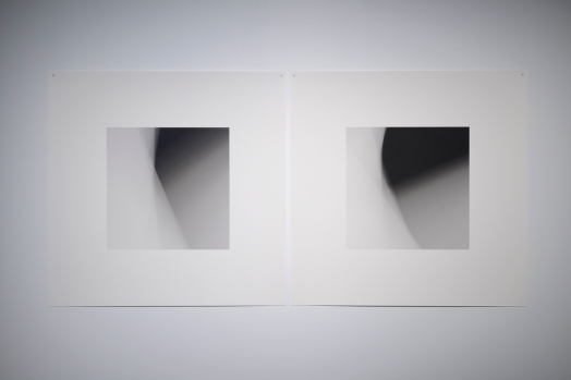 «Dissolutions et chevauchements #5057 et #5058 », 2014, photographie (impression au jet d'encre archive sur papier chiffon), 2 éléments de 58 x 58 cm.