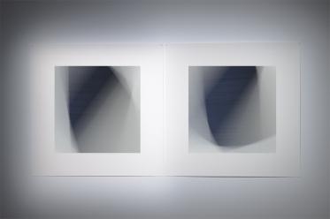 « Dissolutions et chevauchements #5124 et #5126 » 2014, impressions au jet d'encre sur papier chiffon (photographie), 86.5 x 86.5, 2 éléments de 86,5 x 86,5 cm