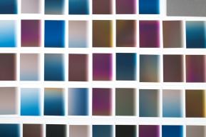 Vue d'atelier, «L'index» (extraits), travail en cours, 2016-2017, impressions à jet d'encresurpapier chiffon (photographie),environs 50 éléments de 10,2 x 12,7 cm. - Note: en format d'exposition, «L'index» sera constitué de plusieurs centaines (éventuellement plusieurs milliers) d'impressions de petits formats, sans marge ni encadrement