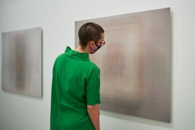 Martin Désilets, vue partielle de l'exposition «Les tableaux réunis», Musée d'art de Joliette, 2021. Photo : Romain Guilbault.